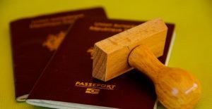 ¿Qué traducciones juradas se necesitan para emigrar?